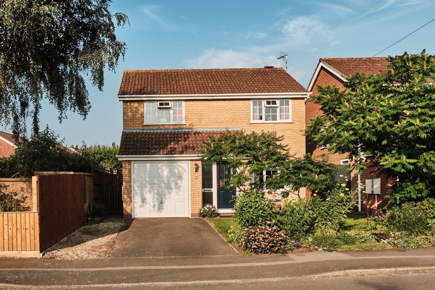 Stratfords are pleased to present this fantastic four bedroom, detached  family property in the popular village of Whetstone. The downstairs accommodation comprises of the living/dining room, kitchen, utility room and two separate conservatories over look